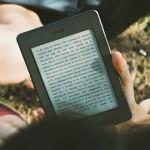 「本を読まない」「新聞を読まない」と批判し、インプットをアナログしか認めない人たちの考えってどうなの!?