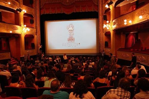cinema-314354_500
