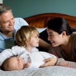 共働きでも産休や育児休暇中は年末調整や確定申告で扶養控除が受けられるって知ってた!?